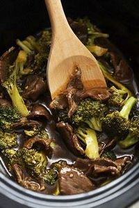 Easy Slow Cooker Broccoli Beef - s - 275 Beef Recipes - RecipePin.com