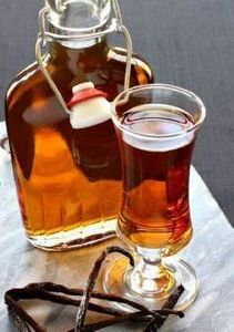 Make this Homemade Amaretto i - 100 Beer And Alcohol Recipes - RecipePin.com