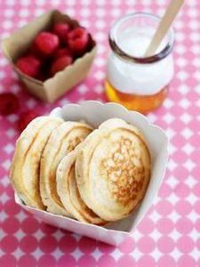 banana honey pikelets | kid friend - 300 Bento Box Recipes - RecipePin.com