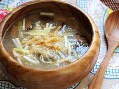 Mushroom Chicken Soup [Early Sprin - 235 Chinese Recipes - RecipePin.com
