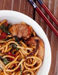 Stir-Fried Noodles with Chicken, G - 235 Chinese Recipes - RecipePin.com