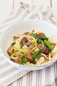 Pan-Fried Udon with Pork and Cabba - 235 Chinese Recipes - RecipePin.com