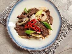 Stir-Fry Beef and Leeks with XO Sa - 235 Chinese Recipes - RecipePin.com