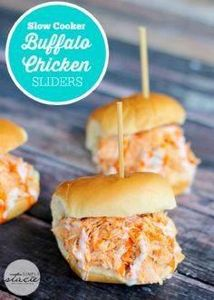 Slow Cooker Buffalo Chicken Slider - 285 Crock Pot Recipes - RecipePin.com