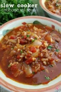 This Slow Cooker Cabbage Roll Soup - 285 Crock Pot Recipes - RecipePin.com