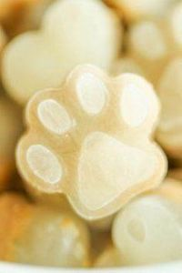 3 Ingredient Frozen Dog Treats - 400 Dog Food And Dog Treat Recipes - RecipePin.com