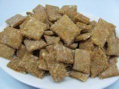 Homemade Dog Treats: Apple Carrot  - 400 Dog Food And Dog Treat Recipes - RecipePin.com