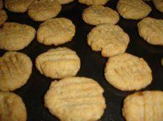 THE BEST DOG COOKIES - 400 Dog Food And Dog Treat Recipes - RecipePin.com