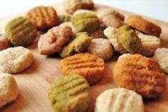 Easy-to-chew doggie snacks - 400 Dog Food And Dog Treat Recipes - RecipePin.com