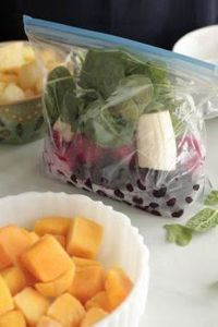 DIY Freezer Smoothie Packs - 5 com - 125 Freezer Smoothie Pack Recipes - RecipePin.com