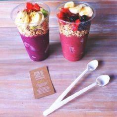 Smoothie with fruit and nut toppin - 125 Freezer Smoothie Pack Recipes - RecipePin.com