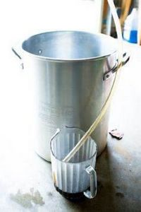 Home-brew recipe for milk stout - 300 Homebrewing Recipes to Brew at Home - RecipePin.com