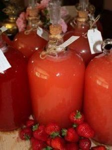 Yum Alert: Homemade Strawberry Win - 300 Homebrewing Recipes to Brew at Home - RecipePin.com