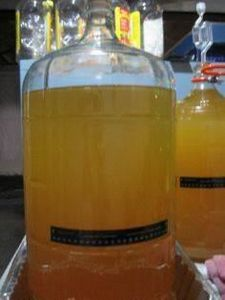 Caramel Apple Hard Cider - Home Br - 300 Homebrewing Recipes to Brew at Home - RecipePin.com