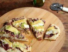 Pizza with Brie and Onion Confit - 250 Great Pizza Recipes - RecipePin.com