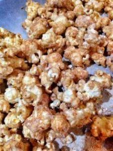 bananas foster popcorn (this origi - 250 Popcorn Recipes - RecipePin.com