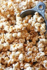This Pumpkin Pie Spice Caramel Cor - 250 Popcorn Recipes - RecipePin.com