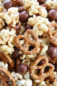 Peanut Butter Pretzel Popcorn Reci - 250 Popcorn Recipes - RecipePin.com