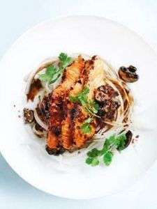 ginger chilli #salmon with #noodle - 185 Salmon Recipes - RecipePin.com