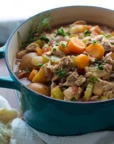 Slow Cooker Tuscan Chicken Stew - 120 Delicious Stew Recipes - RecipePin.com