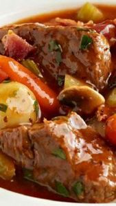 Slow-Cooker Classic Beef Stew Reci - 120 Delicious Stew Recipes - RecipePin.com