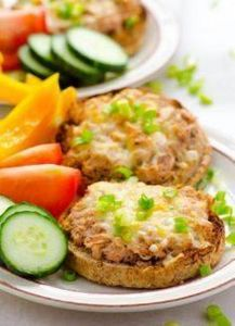 Clean Eating Tuna Melt Recipe - 400 Tasty Tuna Recipes - RecipePin.com