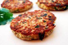Tuna cakes! 110 calories and 11 gr - 400 Tasty Tuna Recipes - RecipePin.com