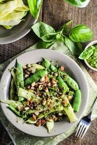 Green Beans with Pesto, Capers, an - 165 Vegetarian Recipes - RecipePin.com