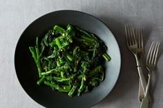 Chinese Broccoli Salad with Sesame - 385 Veggie Swaps Recipes - RecipePin.com