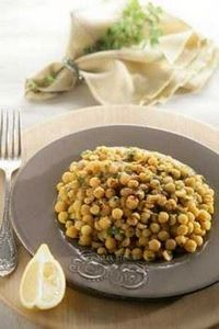 Spiced Chickpeas with Olive Oil |  - 385 Veggie Swaps Recipes - RecipePin.com
