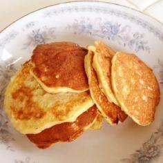1 ripe banana + 2 eggs = pancakes! - 285 Appetizing Wheat Belly Recipes - RecipePin.com